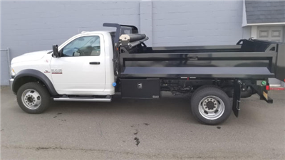 2018 Ram 5500 Regular Cab DRW 4x4, Knapheide Drop Side Dump Bodies Dump Body #R180176 - photo 3
