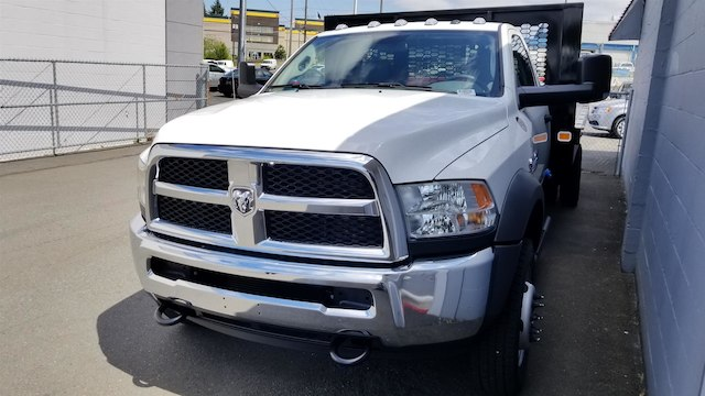 2018 Ram 5500 Regular Cab DRW 4x4,  Knapheide Value-Master X Platform Body #R180250 - photo 1