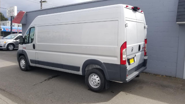 2018 ProMaster 2500 High Roof, Cargo Van #R180295 - photo 4