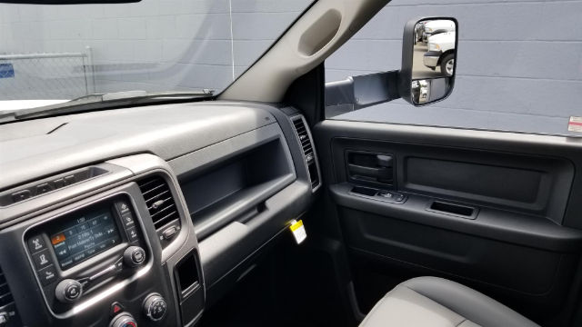 2018 Ram 5500 Crew Cab DRW 4x4,  Knapheide Contractor Body #R180348 - photo 15