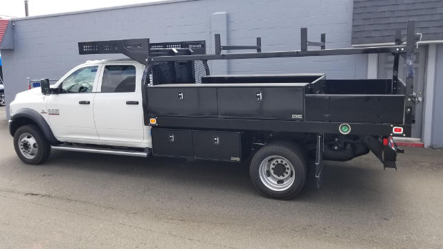 2018 Ram 5500 Crew Cab DRW 4x4,  Knapheide Contractor Body #R180348 - photo 3