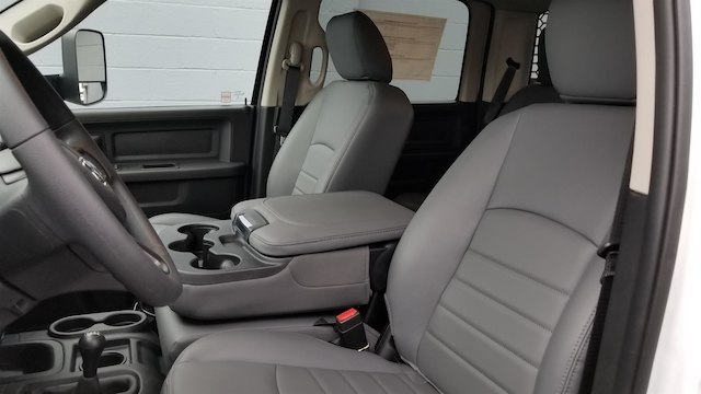 2018 Ram 5500 Crew Cab DRW 4x4,  Knapheide Contractor Body #R180361 - photo 10