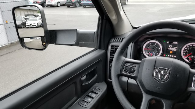 2018 Ram 5500 Crew Cab DRW 4x4,  Knapheide Contractor Body #R180361 - photo 13