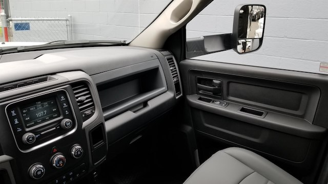 2018 Ram 5500 Crew Cab DRW 4x4,  Knapheide Contractor Body #R180361 - photo 17