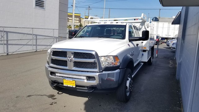 2018 Ram 5500 Crew Cab DRW 4x4,  Knapheide Contractor Body #R180367 - photo 4