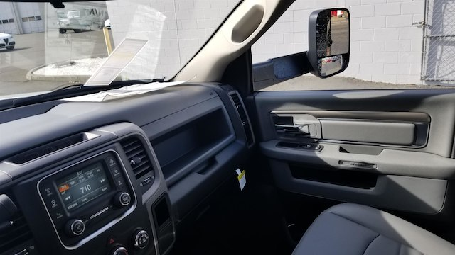 2018 Ram 5500 Regular Cab DRW 4x4,  Knapheide Dump Body #R180384 - photo 15