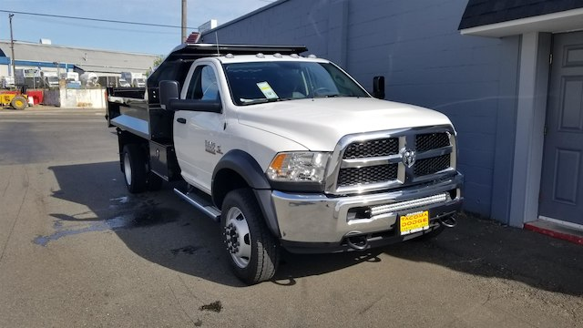2018 Ram 5500 Regular Cab DRW 4x4,  Knapheide Dump Body #R180384 - photo 3