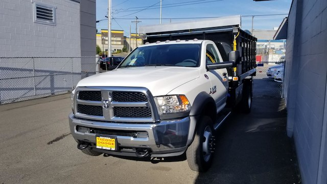 2018 Ram 4500 Regular Cab DRW 4x2,  Knapheide Landscape Dump #R180391 - photo 4