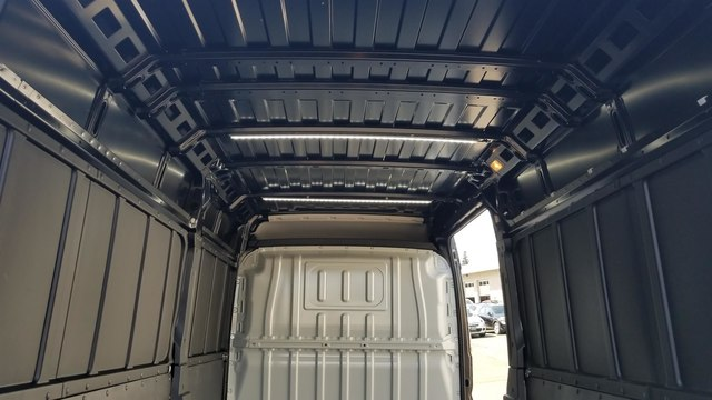 2018 Ram ProMaster 2500 High Roof 136 WB #R180410 - photo 12