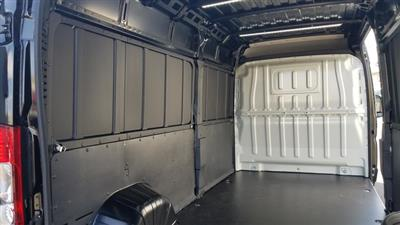 2018 Ram ProMaster 2500 High Roof 136 WB #R180410 - photo 2