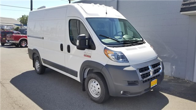 2018 ProMaster 2500 High Roof FWD,  Empty Cargo Van #R180424 - photo 3