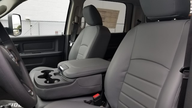 2018 Ram 5500 Crew Cab DRW 4x4,  Knapheide Value-Master X Platform Body #R180426 - photo 12