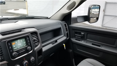 2018 Ram 5500 Crew Cab DRW 4x4,  Knapheide Value-Master X Platform Body #R180426 - photo 19
