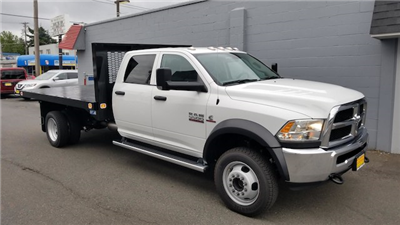 2018 Ram 5500 Crew Cab DRW 4x4,  Knapheide Value-Master X Platform Body #R180426 - photo 3