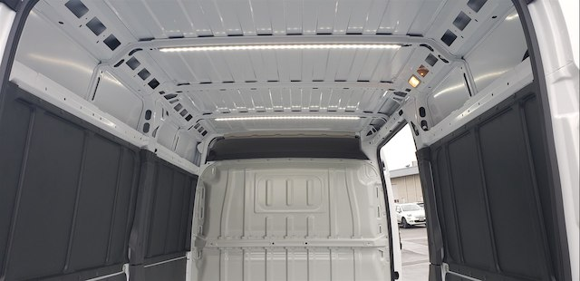 2018 ProMaster 2500 High Roof FWD,  Empty Cargo Van #R180443 - photo 13