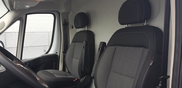 2018 ProMaster 2500 High Roof FWD,  Empty Cargo Van #R180443 - photo 15