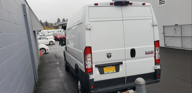 2018 ProMaster 2500 High Roof FWD,  Empty Cargo Van #R180443 - photo 4