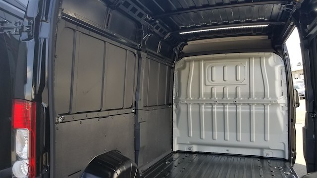 2018 ProMaster 2500 High Roof FWD,  Empty Cargo Van #R180455 - photo 11