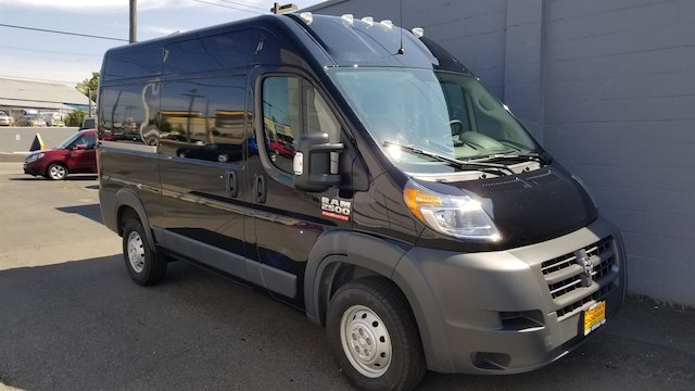 2018 ProMaster 2500 High Roof FWD,  Empty Cargo Van #R180455 - photo 3