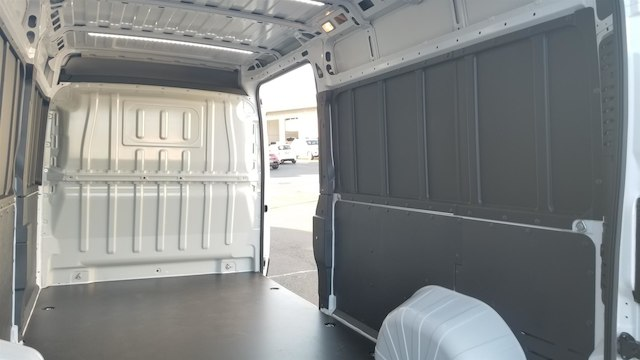 2018 ProMaster 2500 High Roof FWD,  Empty Cargo Van #R180473 - photo 12