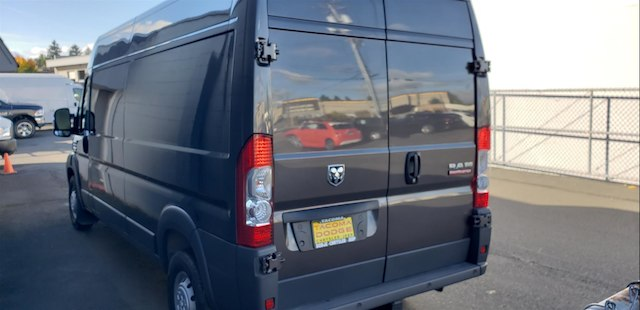 2018 ProMaster 2500 High Roof FWD,  Empty Cargo Van #R180476 - photo 5