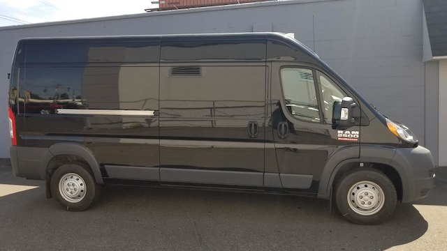 2018 ProMaster 2500 High Roof FWD,  Empty Cargo Van #R180497 - photo 10