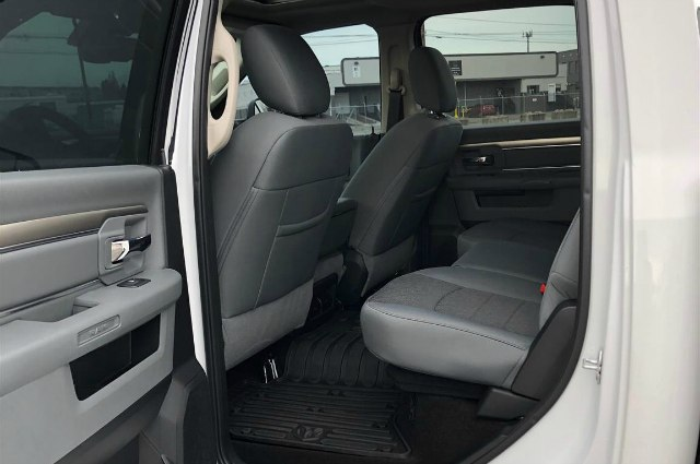 2018 Ram 1500 Crew Cab 4x4,  Pickup #R180565 - photo 15