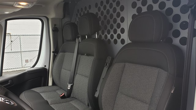 2018 Ram ProMaster 2500 High Roof 136 WB #R180742 - photo 8