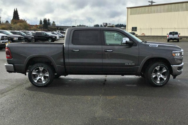 2019 Ram 1500 Crew Cab 4x4,  Pickup #R190131 - photo 4