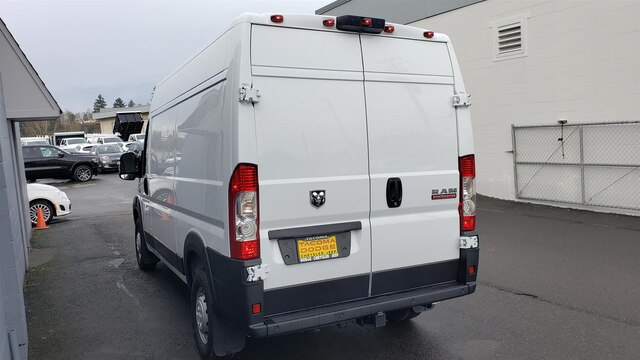 2019 Ram ProMaster 2500 High Roof 136 WB #R190231 - photo 5