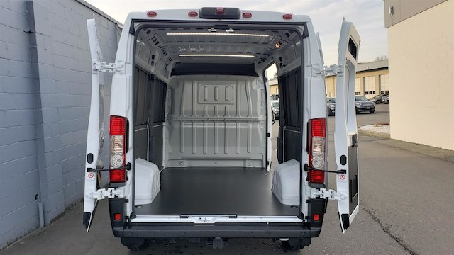 2019 Ram ProMaster 2500 High Roof 136 WB #R190234 - photo 1