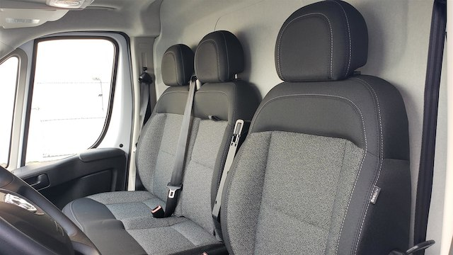 2019 Ram ProMaster 2500 High Roof 136 WB #R190234 - photo 17