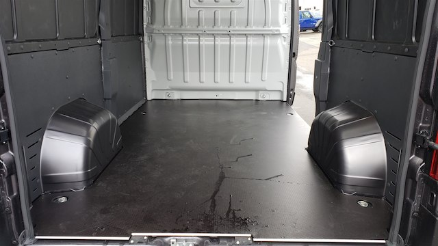 2019 Ram ProMaster 2500 High Roof 136 WB #R190242 - photo 11