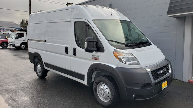 2019 Ram ProMaster 2500 High Roof 136 WB #R190247 - photo 3