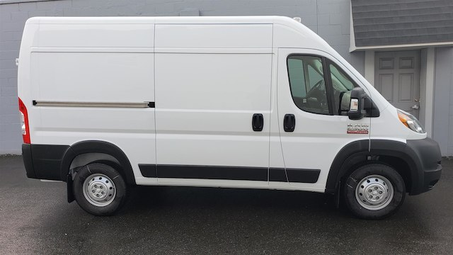 2019 Ram ProMaster 2500 High Roof 136 WB #R190247 - photo 10