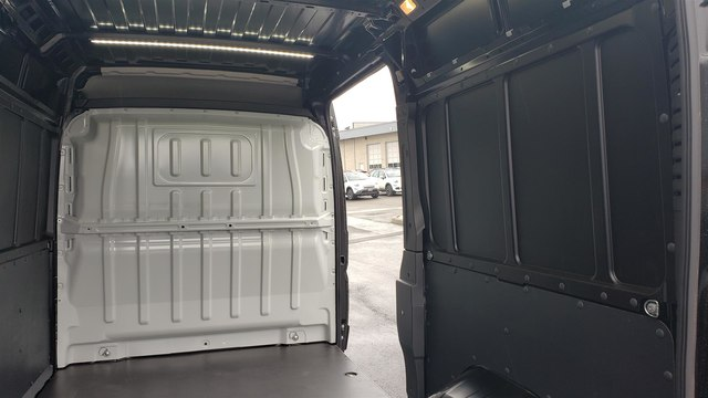 2019 Ram ProMaster 2500 High Roof 136 WB #R190263 - photo 14