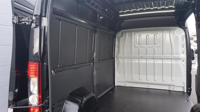2019 Ram ProMaster 2500 High Roof 136 WB #R190266 - photo 1