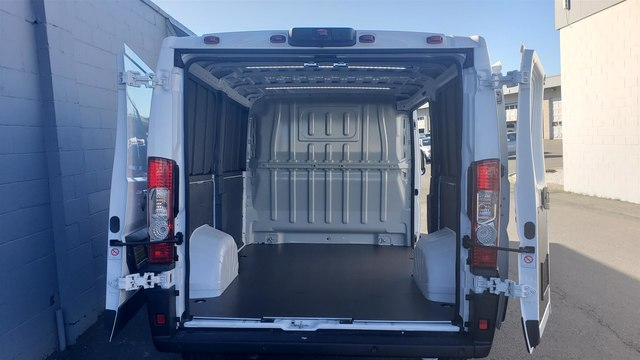 2019 Ram ProMaster 1500 Low Roof 118 WB #R190271 - photo 1