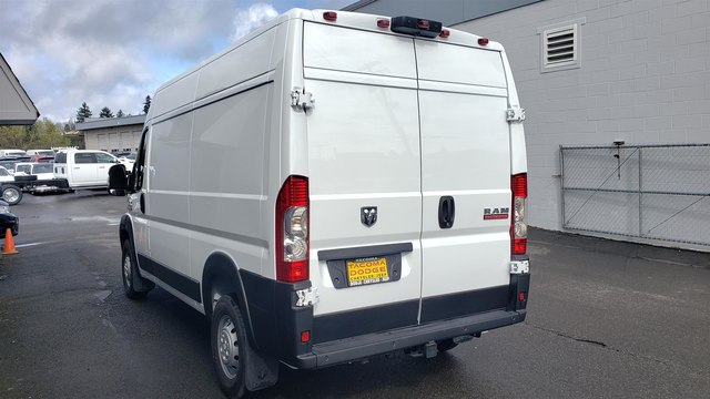 2019 Ram ProMaster 2500 High Roof 136 WB #R190273 - photo 5