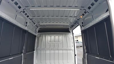 2019 Ram ProMaster 2500 High Roof 136 WB #R190273 - photo 12