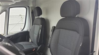 2019 Ram ProMaster 2500 High Roof 136 WB #R190273 - photo 17