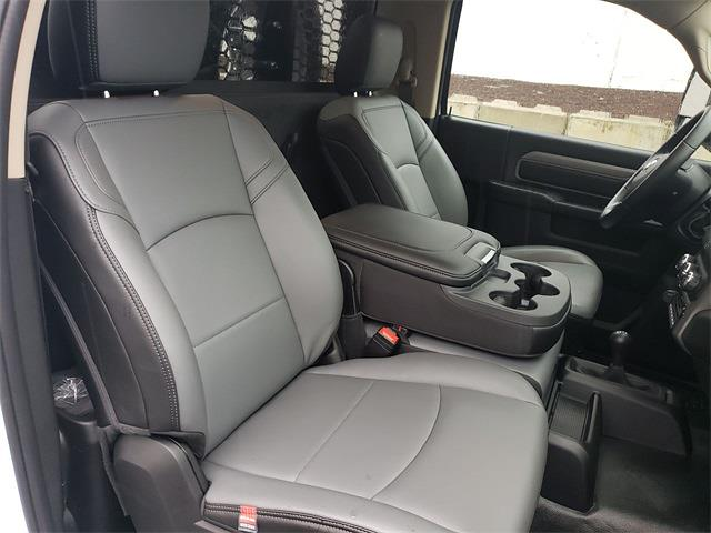 2020 Ram 5500 Regular Cab DRW 4x4, Knapheide Value-Master X Platform Body #R200613 - photo 25