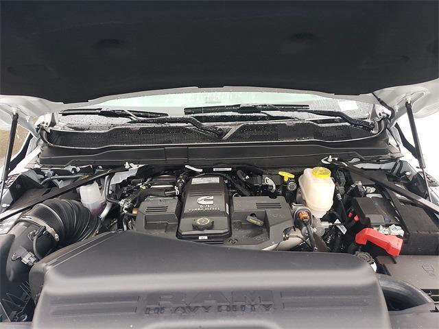 2020 Ram 5500 Regular Cab DRW 4x4, Knapheide Value-Master X Platform Body #R200613 - photo 26