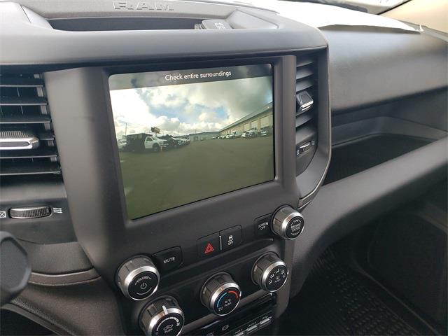 2020 Ram 5500 Regular Cab DRW 4x4, Knapheide Value-Master X Platform Body #R200633 - photo 17