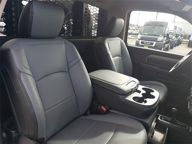 2020 Ram 5500 Regular Cab DRW 4x4, Knapheide Value-Master X Platform Body #R200633 - photo 25