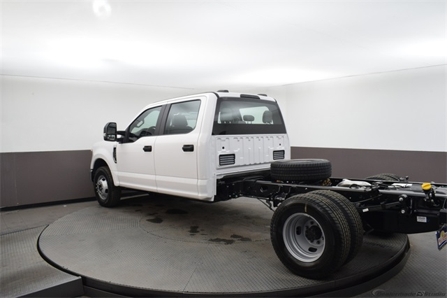 2020 Ford F-350 Crew Cab DRW 4x2, Cab Chassis #21238 - photo 1