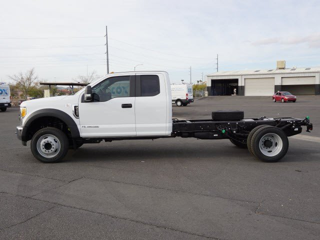 2017 F-450 Super Cab DRW, Cab Chassis #70431 - photo 3