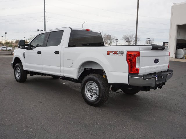 2017 F-250 Crew Cab 4x4, Pickup #70837 - photo 2