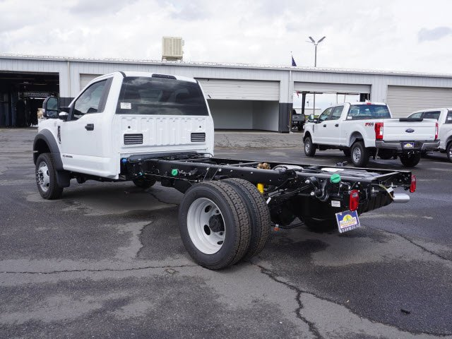 2017 F-450 Regular Cab DRW, Cab Chassis #71012 - photo 2