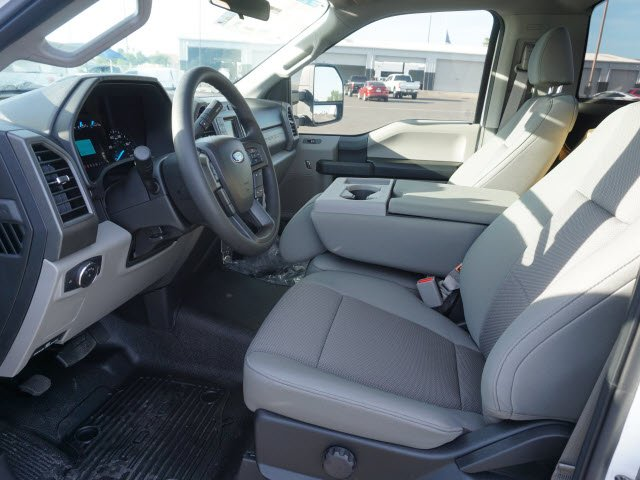 2017 F-550 Regular Cab DRW, Cab Chassis #71066 - photo 5